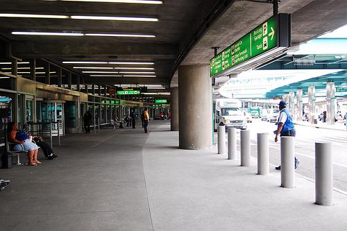 Traveling between LaGuardia Airport (LGA) and NYC using public transportation