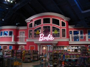 Toys R Us Times Square Barbie Dollhouse