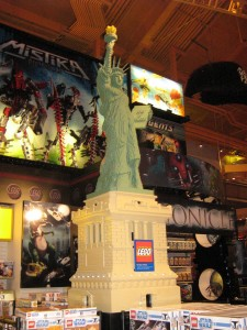 Toys R Us Times Square Lego Statue Of Liberty
