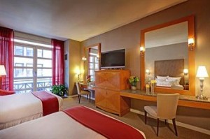 Hotel Giraffe Review - Clean and Spacious Guestrooms