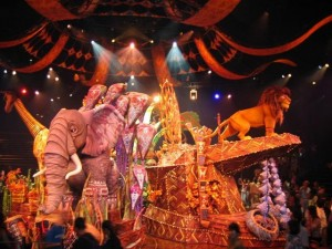 The Lion King - Amazing Characters and Amazing Costumes